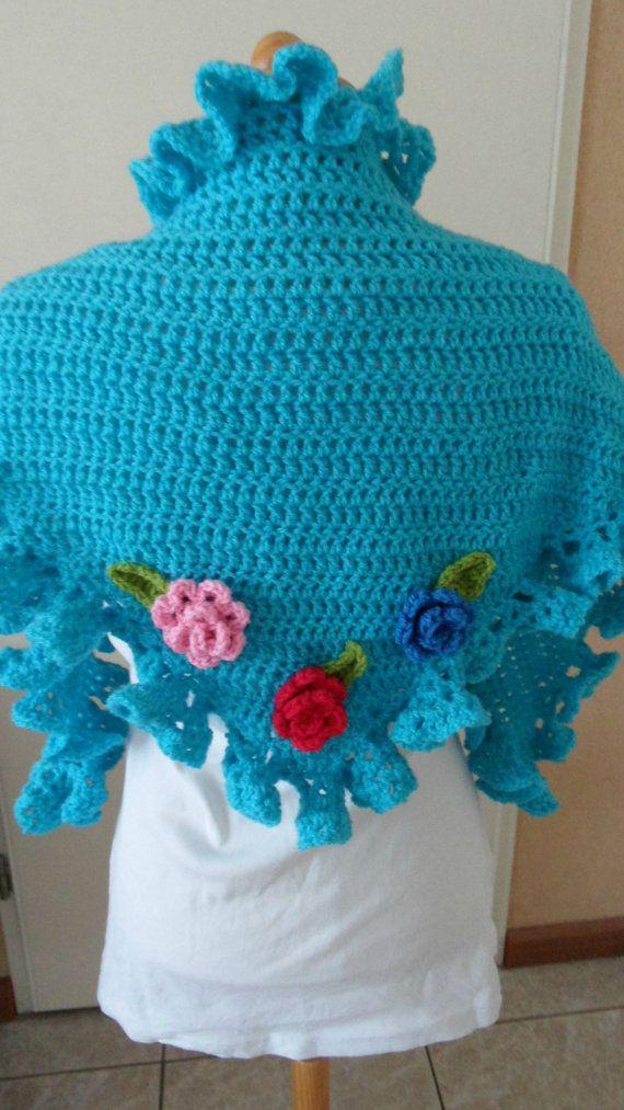 Zaanse Zolder Gehaakte omslagdoek Turquoise / Crochet shawl Aqua
