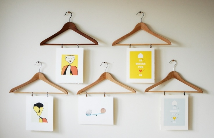 An easy way to hang kids art work, put it on their school supply list, Do believe I shall try this coming year.