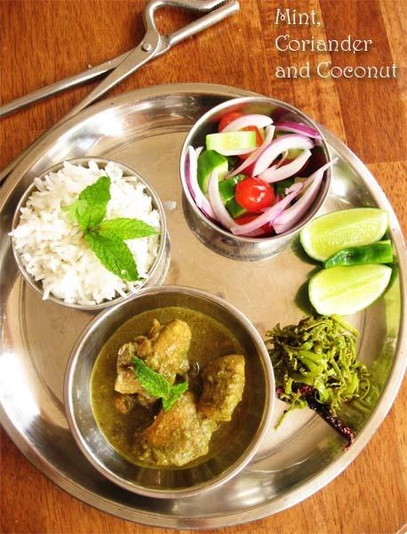 Chicken in Mint, Coriander and Coconut Gravy via Bong mom's CookBook blog: Food Recipes, Chicken, Coriander, Coconut Gravy, Than, Food India, Indian Food, Boggi Food