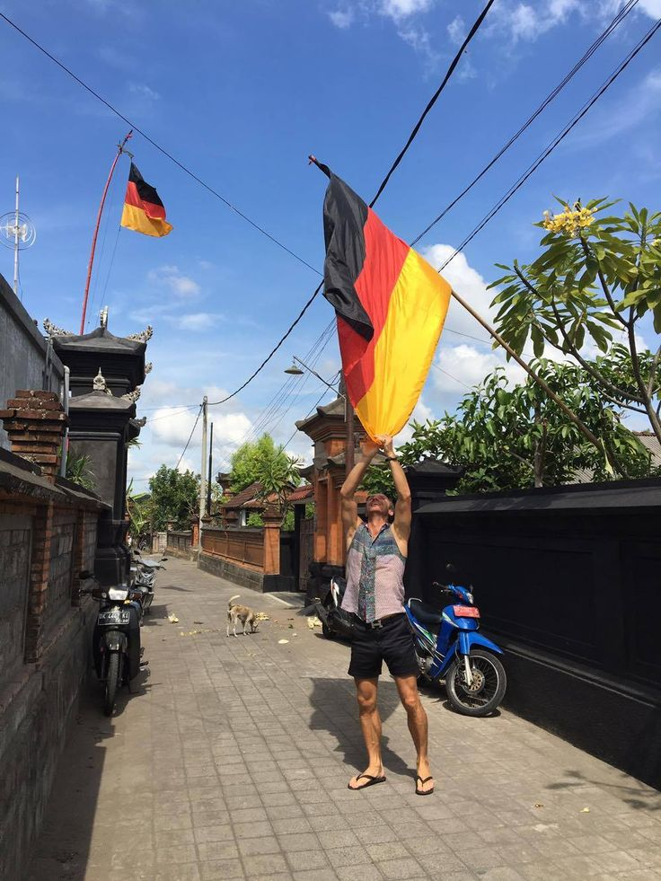 Paul Ropp around the world… A german flag in Bali…  Discover our world at www.paulropp.com #gipsysoul #sensualnotsexualpaulropp #bohochic #aroundtheworld #menswear#gipsystyle
