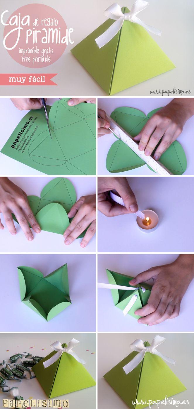 Tutorial y plantilla imprimible gratis para construiruna elegantecaja de cartón para regalo con forma de pirámide. Puedes usarla como caja de regalo, dulcero, regalos para niños en bodas, comuniones o para los dulces en los cumpleaños. Plantilla para descargar gratis en pdf. Sigue leyendo y verás qué es muy fácil de hacer… MATERIALES: –Cartulina o cartón fino(sobre la que imprimir o dibujar la plantilla) – Lazo o cinta paracerrar la casa en la parte superior – Agujereadora – No…