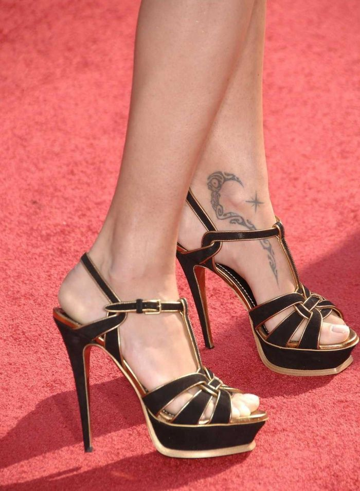 Adriana Lima - The Feet of 18 Hottest Celebrities