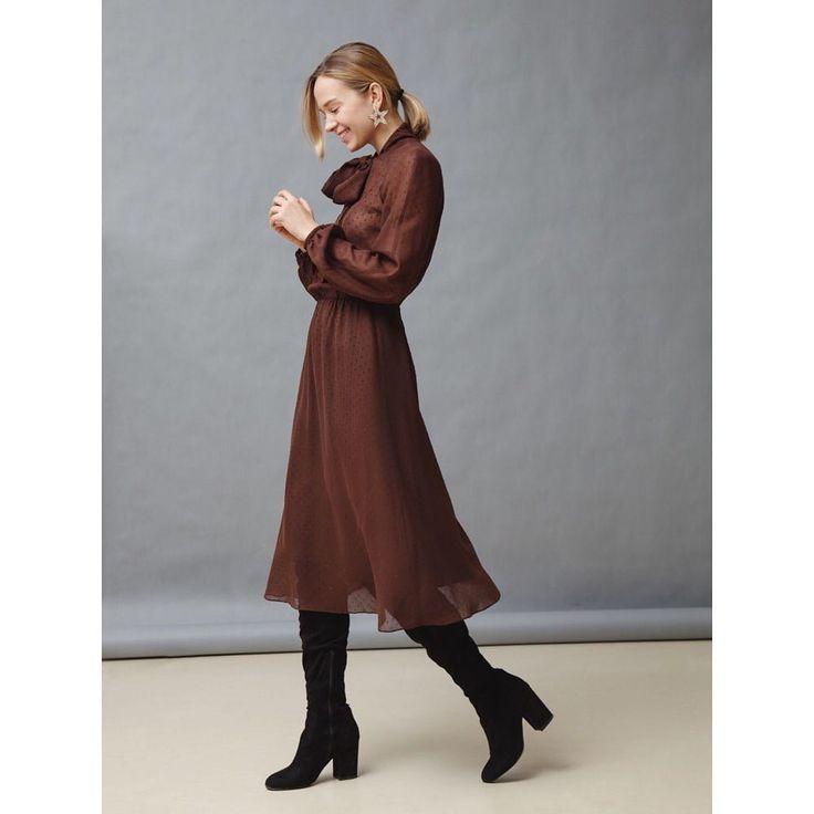 Платье из полупрозрачной вискозы в горошек с люрексом #janasegetti #newyear #fashion #style #dress #inspiration