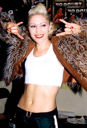 LOVE Gwen Stefani. 90s RULE! #rock
