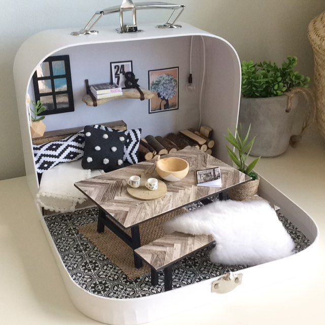 Thank you for your orders for bespoke cases, it's so exciting working on a new look project every time! Although looking at so many beautiful interiors is making me want to redecorate my own this is case I made the lovely Reena @hygge_for_home . . . #suitcasedollhouse #littlelucciolacase #rustichome #myhomemademini #myminihome #moderndollhouse #moderndollhousedecor #modernminiatures #miniatures #l