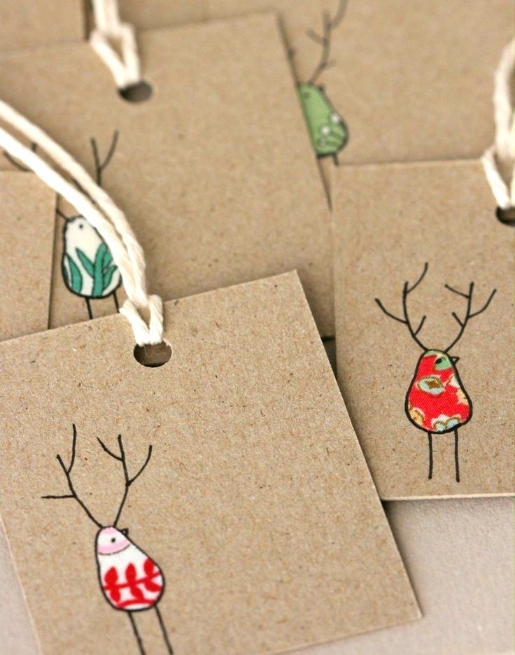 #Christmas gift wrapping ideas DIY #crafts ToniK ⓦⓡⓐⓟ ⓘⓣ ⓤⓟ Reindeer Natural gift tags the kids can make picklee.com
