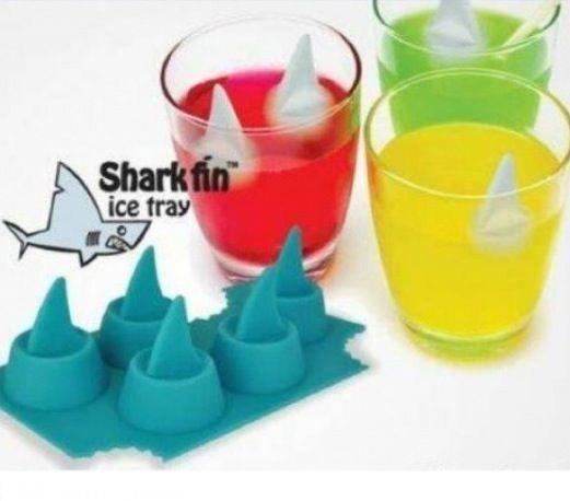 sharks-ice-tray