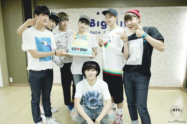 2ND BTS BIRTHDAY http://cafe.daum.net/BANGTAN/jbaP/155…