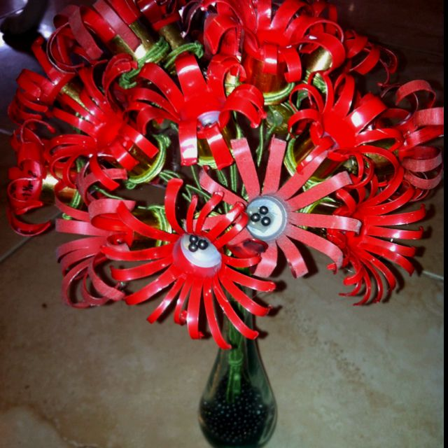 Shotgun shell flowers! just a cute idea for a country theme!                                                                                                                                                      More
