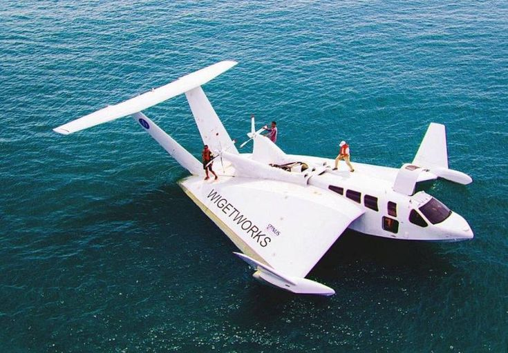 "The peculiar looking Airfish 8 ""flying boat"" can carry 8 passengers while soaring above water at 120mph. Using 'wing-in-ground effect' the AirFish 8 (AF8) from Singapore needs 500m to takeoff or land."