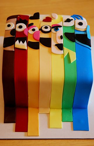 Fun Muppet Cake - could do seseme street or mickey mouse clubhouse too