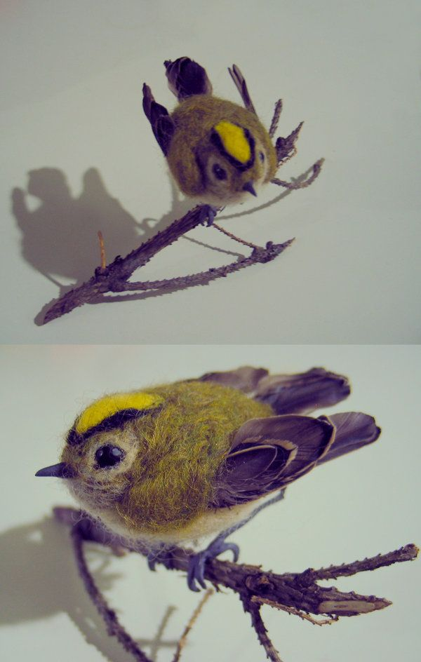 This felted Goldcrest is just gorgeous, by Amadare90
