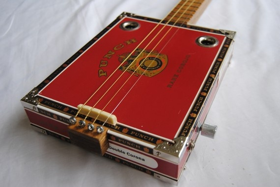 learn to play 4 string cigar box guitar 2