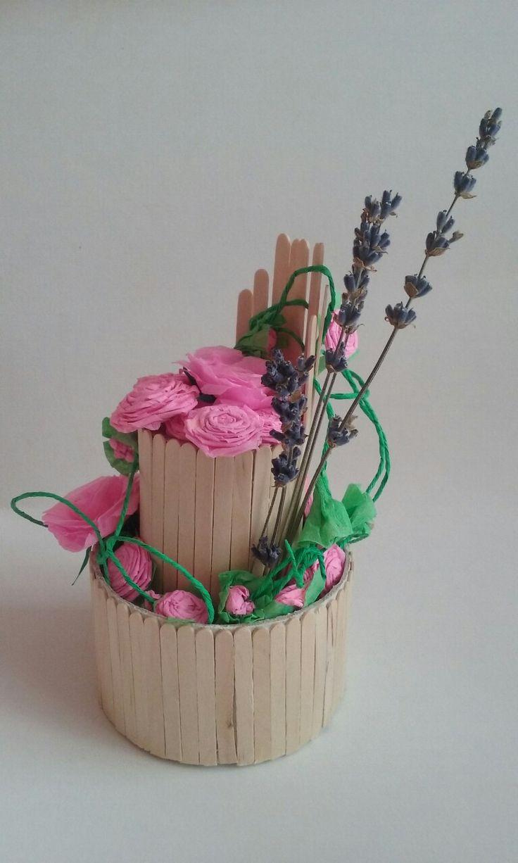 Flori de hartie si lavanda