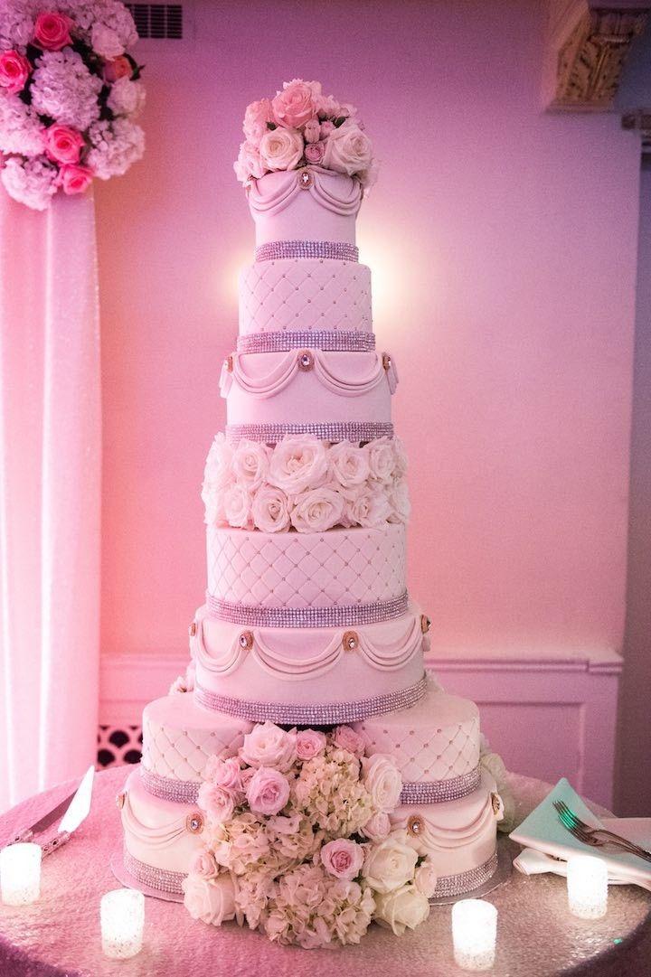 Classic ballroom wedding cake; Photo: Elizabeth Craig Photography