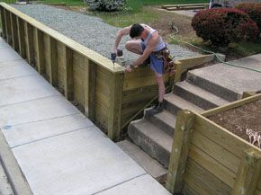 Build a retaining wall extreme how to view all landscaping pinterest - Location materiel bricolage entre particulier ...