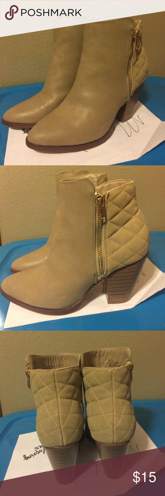 Shoe Dazzle Booties Tan Size 6.5 Shoe Dazzle Booties NEVER WORN. Super comfy. Shoe Dazzle Shoes Ankle Boots & Booties