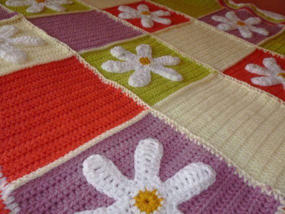 Baby blanket/ Crochet baby blanket/ Throw by HeartMadeByMarina