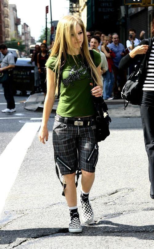 37 Best Avril Lavigne Images On Pinterest Avril Lavigne