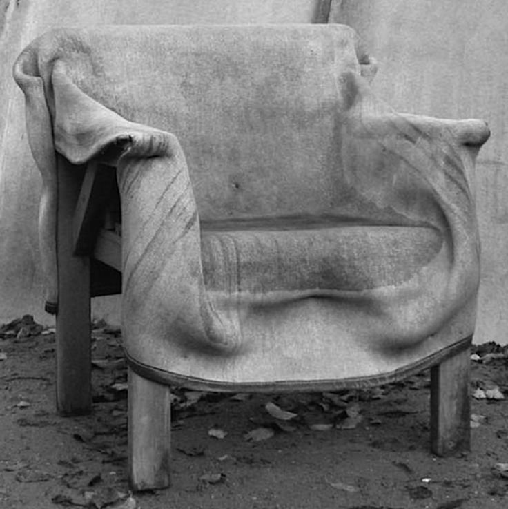 concrete-diy. Dip an old blanket in concrete ant put it over an old chair. Awesome outdoor furniture