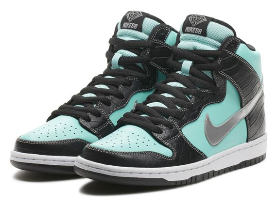 "Diamond Supply Co. x  Nike SB Dunk High Premium ""Tiffany"" – Nikestore Release Info"
