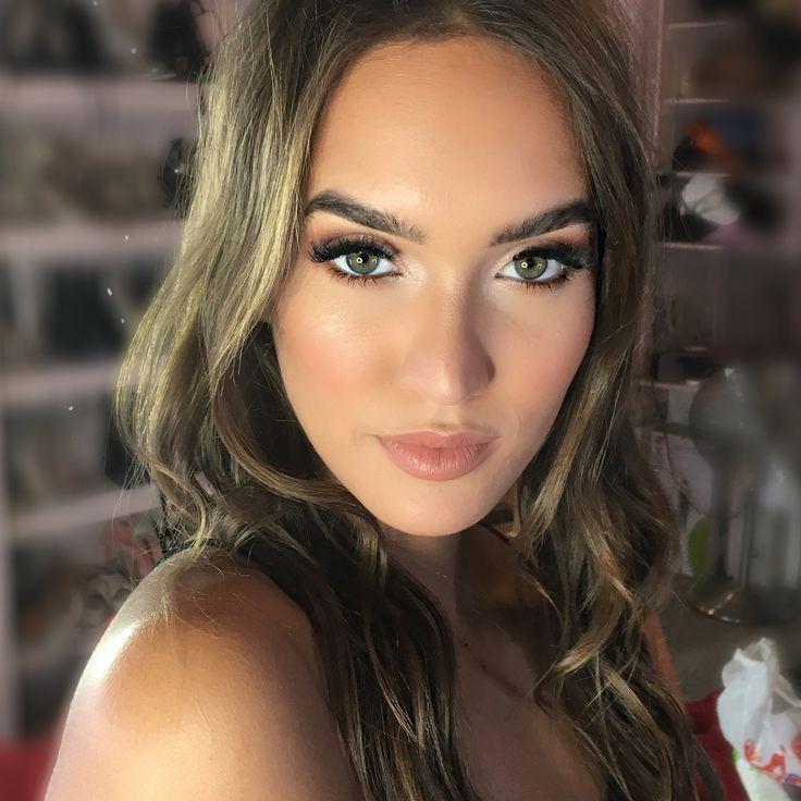 This face makes my work easy ���� @lalalainara @prettylittlething @plt_studio @primalash_lashes @nyxcosmetics #pltstyle #prettylittlething #plt #instasyize #instadaily #instamakeup #makeuplessons #freelancemakeup #mua  #makeupartist #makeuplover #makeupbyme  #undiscoveredmua #morphemakeup #eldorafalselashes #manchestermua #manchestermakeupartist  #beautyblogger #makeup #makeupaddict #makeupoftheday #anastasiabeverlyhills #morphegirl #hudabeauty #makeupartistsworldwide #dressyourface…