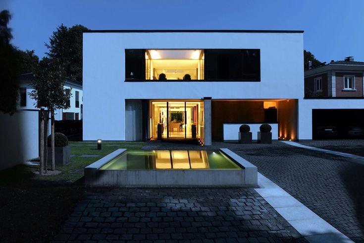 146 besten flachdach haus bilder auf pinterest moderne for Moderne architektur wohnhaus
