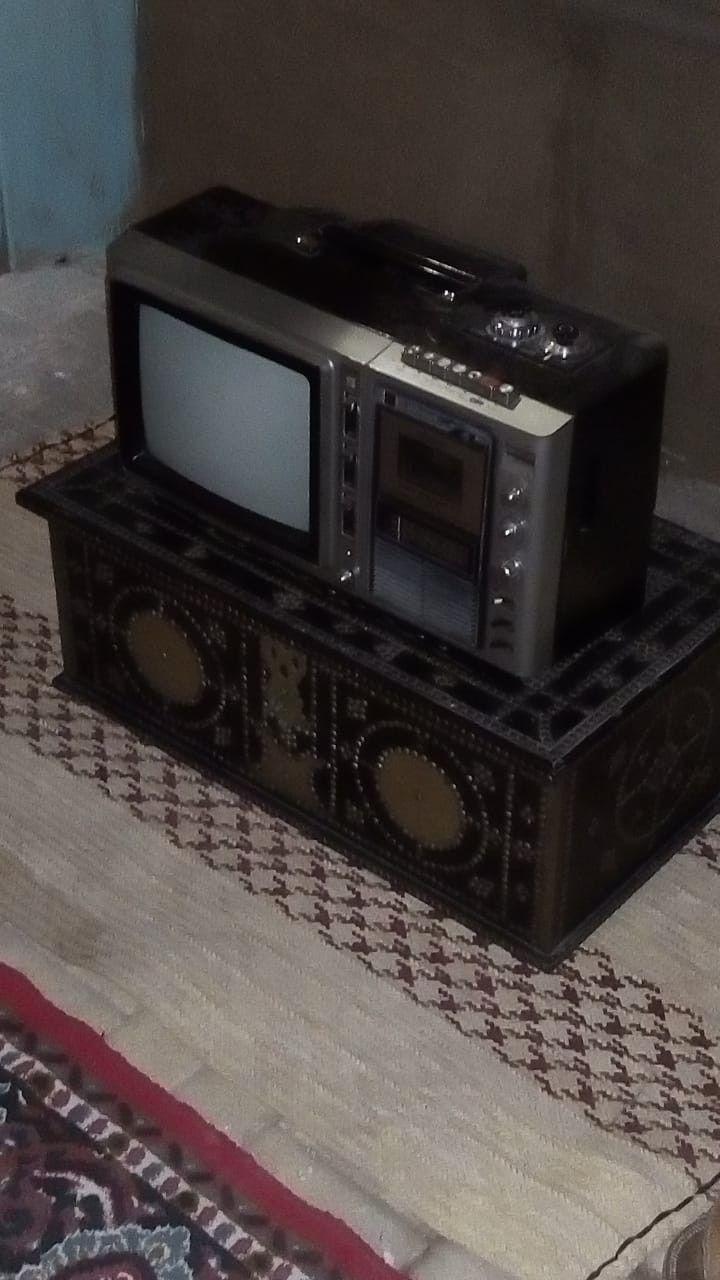 تلفزيون قديم Box Tv Kitchen Appliances Toaster Oven