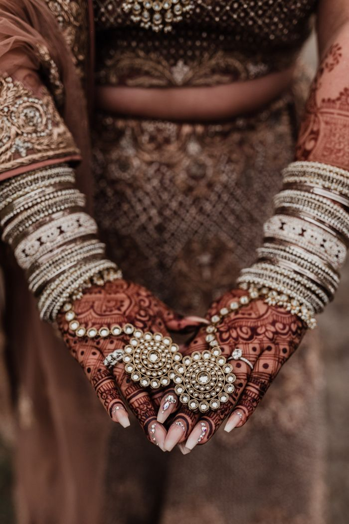 This Rustic Glam Indian Wedding at Durali Villa is a British Columbian Countryside Dream