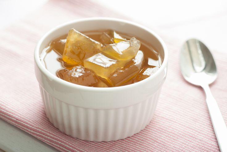 Nu mai arunca coaja dupa ce savurezi pepenele! E foarte usor sa prepari o dulceata inedita si aromata, pe care sa o imparti cu cei dragi.