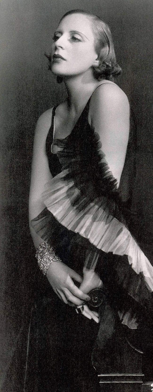 Tamara de Lempicka in Marcel Rochas 1929 Paris Photo by Dora Kallmus (Madame d'Ora Studio) Art Deco Icon