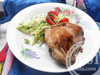 Жареные куриные бедра в мультиварке, маринованные в квасе и лимоном сиропе