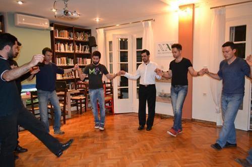 Ελληνικοί λαϊκοί χοροί στο Ηράκλειο  #heraklio #crete #dance #tradition