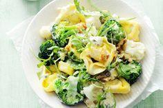 Verse pasta gevuld met kaas en walnoot. Heerlijk met de romige gorgonzolasaus - Recept - Allerhande