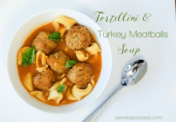 Tortellini and Turkey Meatballs soup recipe! Keep warm ♥︎ It's delicious and healthy #huntsdifference #ad