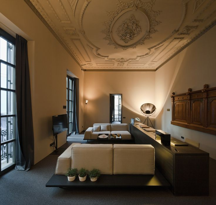 The old palace of the Marquis of Caro made into a boutique hotel. Caro Hotel in Valencia.  #valencia #caro #owegoo #boutiquehotel