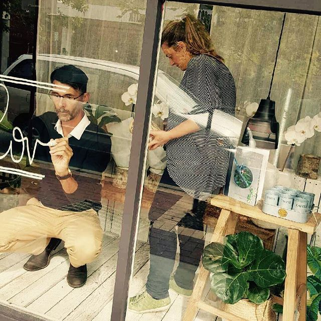 The creative team at @angovestreetcollective are at it again.  Busily creating a beautiful #mothersday window.