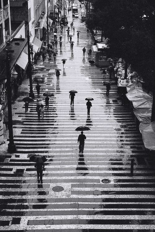 Rain in black and white, Sao Paulo, Brazil, 2012. Photo by Persio Pucci aka ppucci on Flickr.