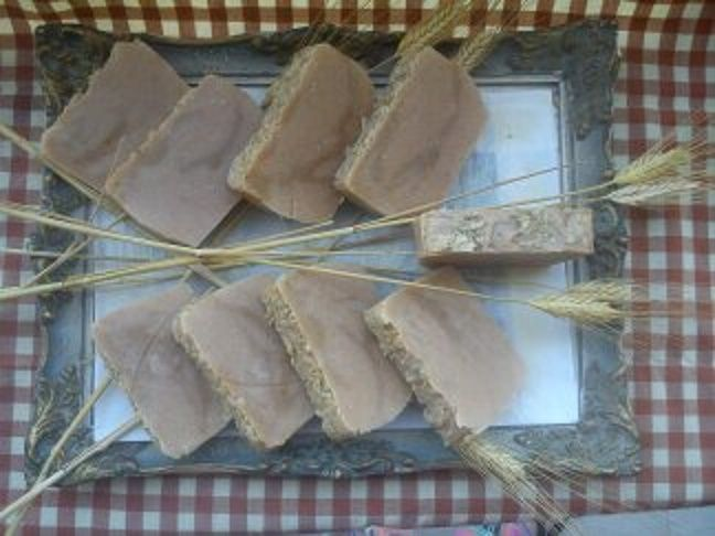 soap with honey, oats and sheep's milk