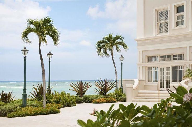 Moana Surfrider, A Westin Resort - exterior