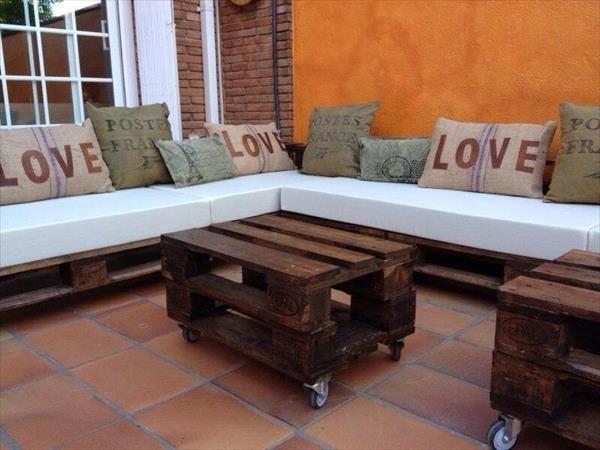 DIY Pallet L Shaped Sectional Sofa | 99 Pallets