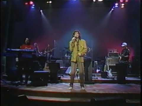 """The great B.J. Thomas on Nashville Now - 6/1/93 - Watch at the end as B.J. has to perform a snippet of """"I'm So Lonesome I Could Cry"""" for Ralph Emery as he did virtually every time he performed on the show. B.J.'s band: Larry Chavis - drums & vocals; Daryl Huffman - guitar; Carl Greeson - keyboards; John Francis - bass; Martin Aucoin - keyboards."""