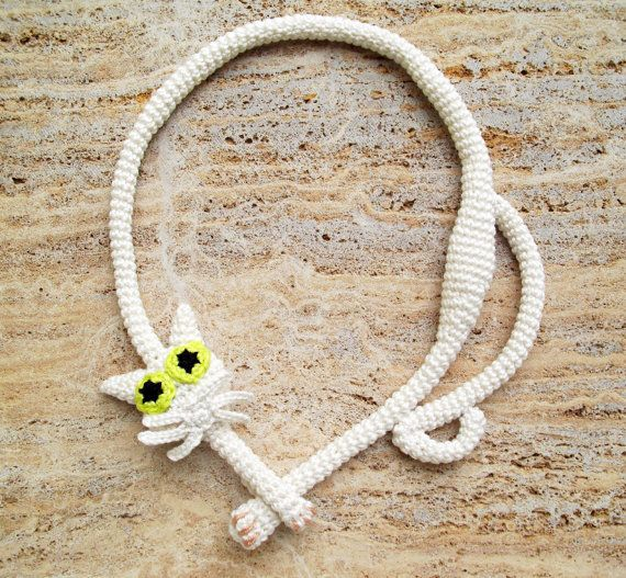 Cat necklace White necklace White cat Crochet by LindaLejn on Etsy, $39.00