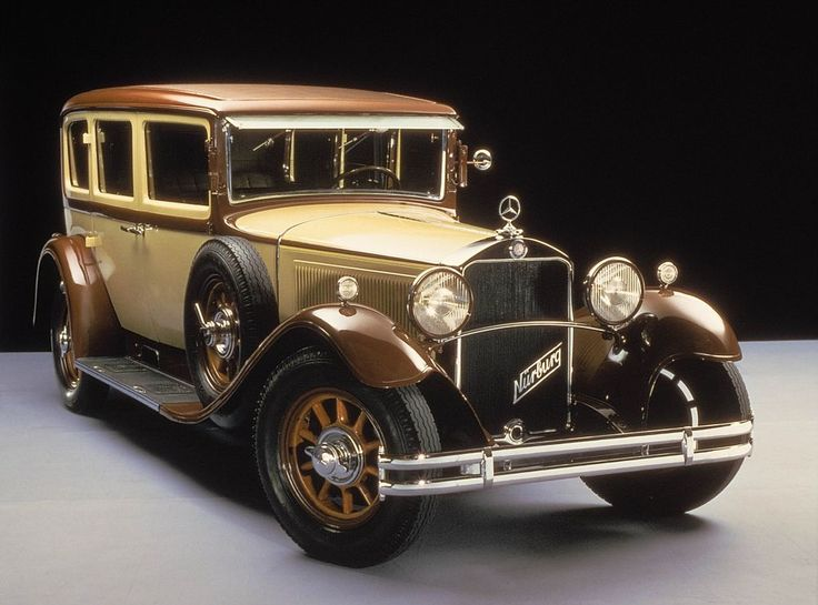 1928 W8 First series passenger car from Mercedes-Benz with an eight-cylinder…