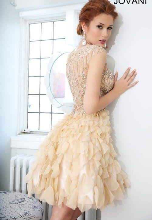 Fluffy Mystrius Short Prom Dress