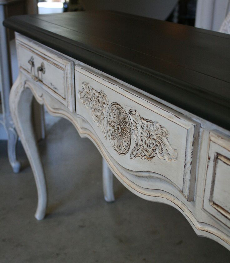 ****SIDEBOARD**** Graphite and Pure White for the sideboard. Or maybe all Old White, mixed with a little Coco, with appliques and then distressed with some light touches of dark wax