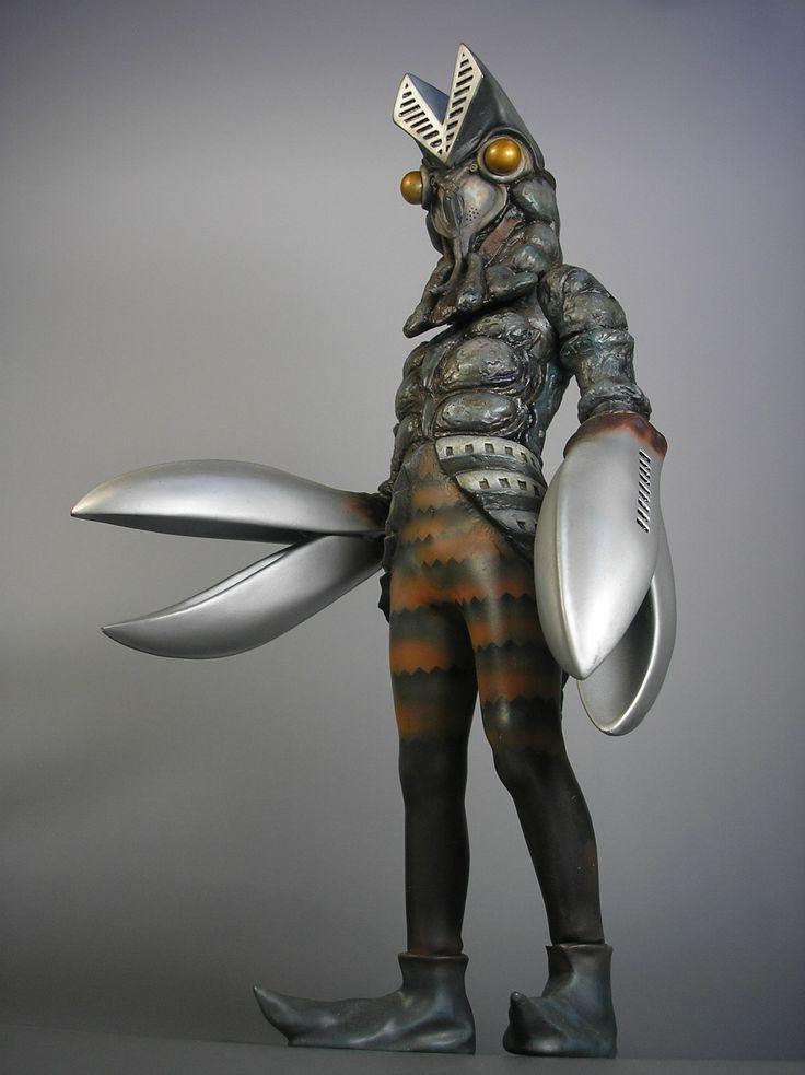 Alien Baltan (バルタン星人, Barutan Seijin? ,Baltan Star-people)