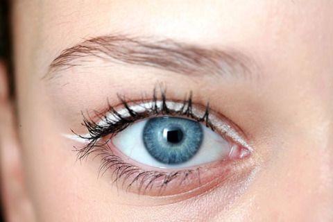 How to use white eyeliner - tips & tricks - cosmopolitan