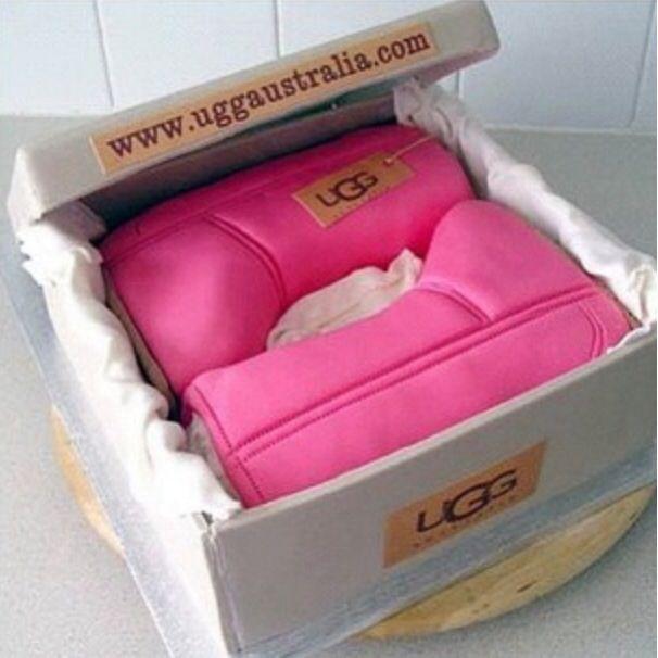 'Ugg Boots' Cake «CaKeCaKeCaKe»
