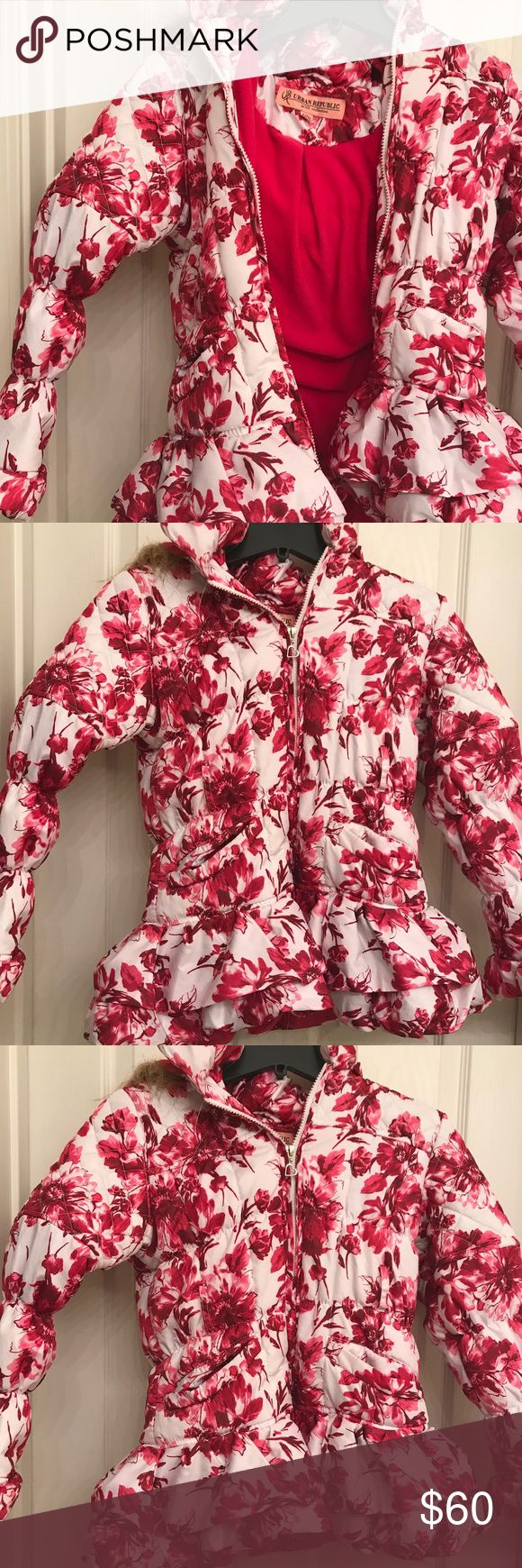 Girls Hoodie floral  fleece lined snow jacket Very pretty .. like new Urban Republic Jackets & Coats Puffers